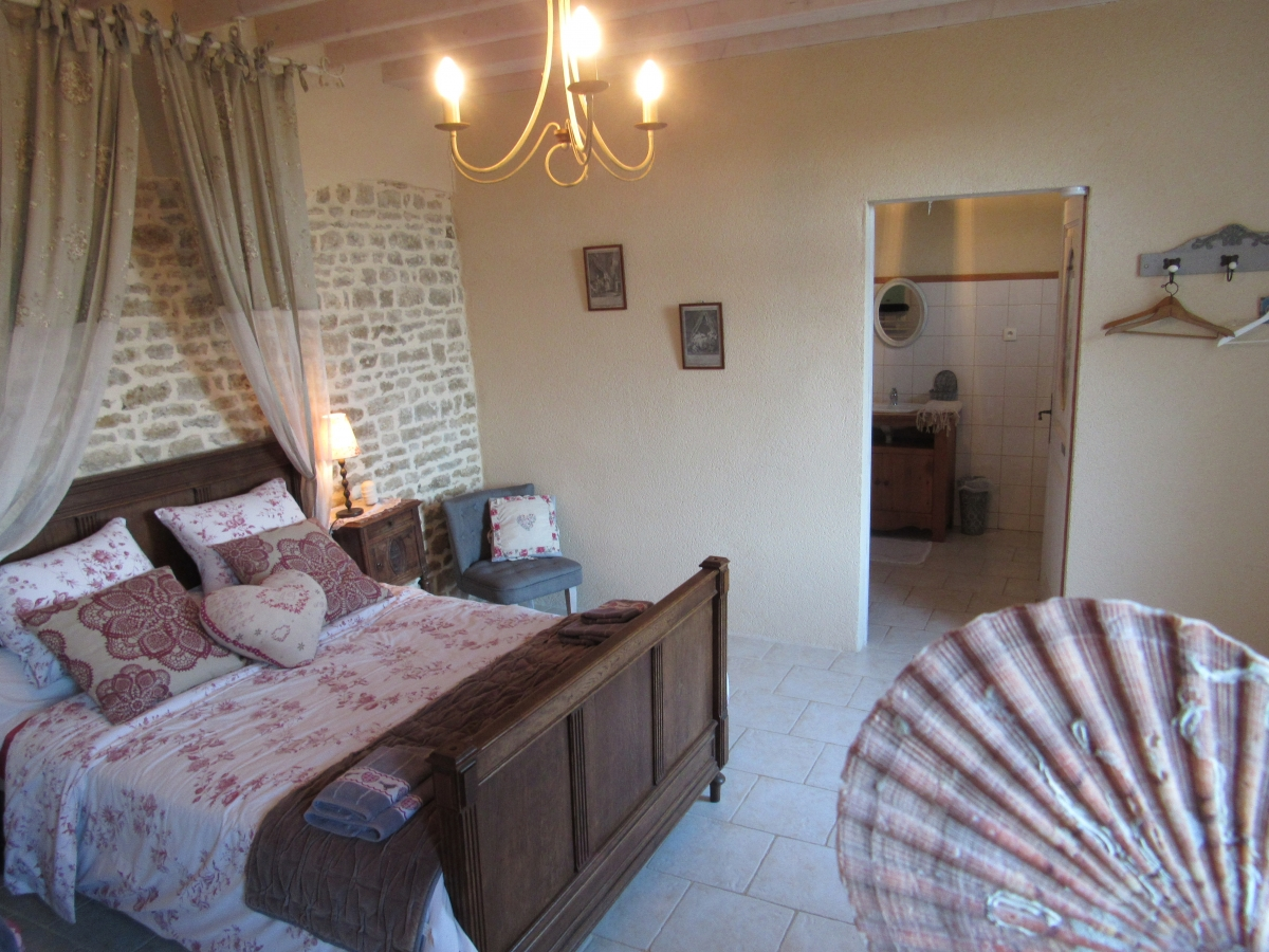 chambre rose la ferme du ch teau de fontenay chambres